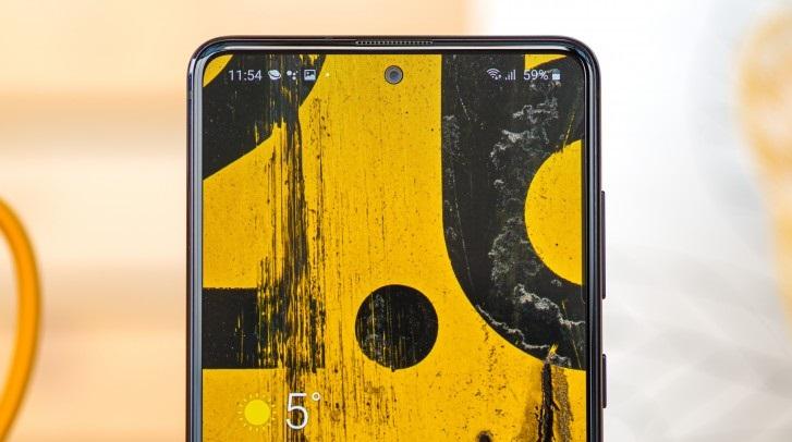 Samsung Galaxy Note 10 Lite front camera