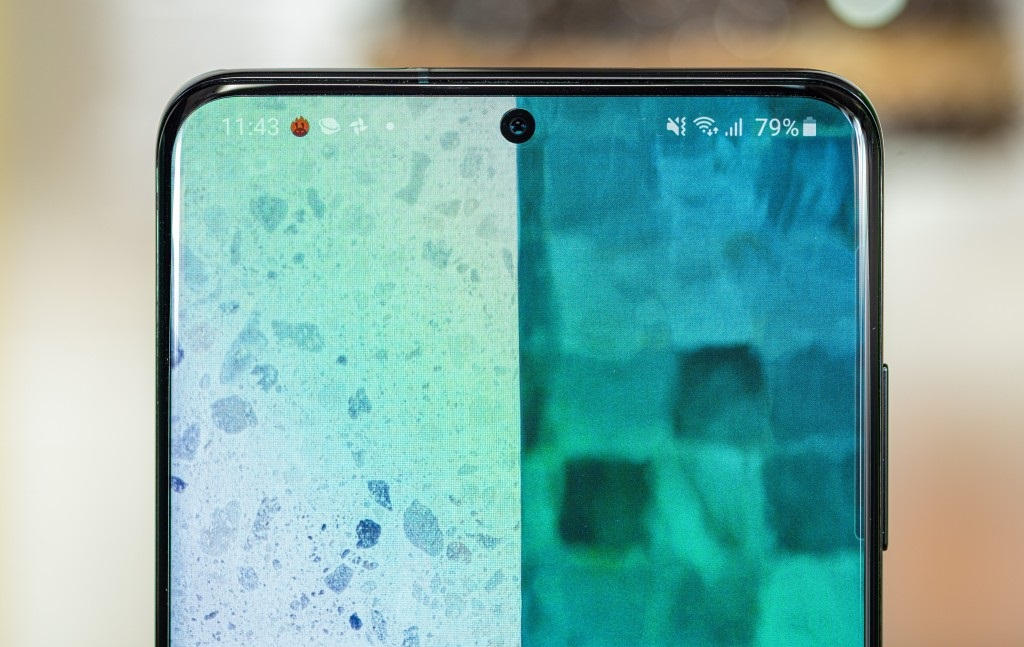 Samsung-Galaxy-S20Plus-frontcamera
