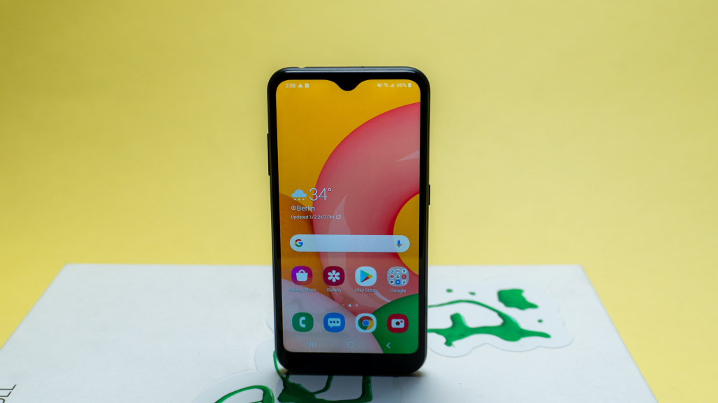 Samsung Galaxy A01 display