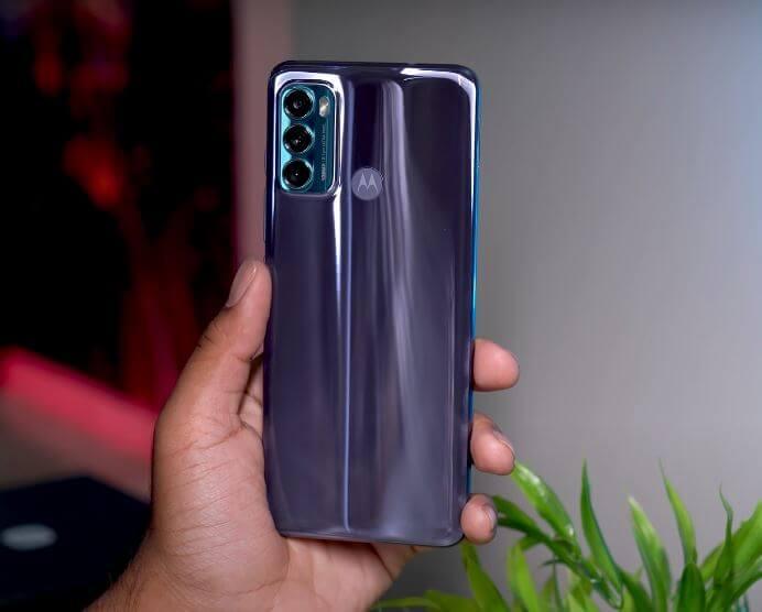 Motorola Moto G60 Design and Build Quality