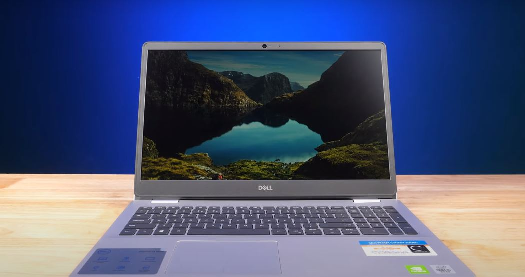 dell inspiron 5593 Screen and front design